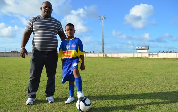 Presidente batizou o filho com o nome de Riquelme (Foto: Felipe Martins/GLOBOESPORTE.COM)