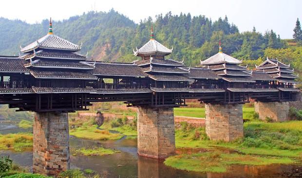 (Foto: Wikimedia / http://commons.wikimedia.org/wiki/File:Chengyang_Yongji_Bridge_IMG_1367.jpg)