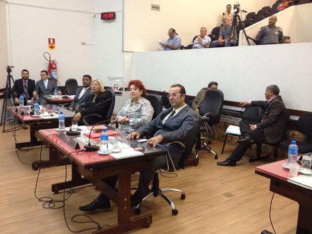 Vereadores de Presidente Prudente participam do julgamento de Adilson Silgueiro nesta quarta-feira (24) (Foto: Heloise Hamada/G1)