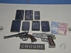 Polícia acha em celular SMS e fotos de carro roubado e prende cinco