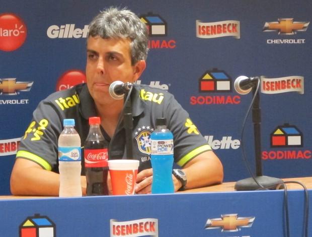 Emerson Ávila, técnico da Seleção Brasileira Sub-20 (Foto: Marcelo Baltar/Globoesporte.com)