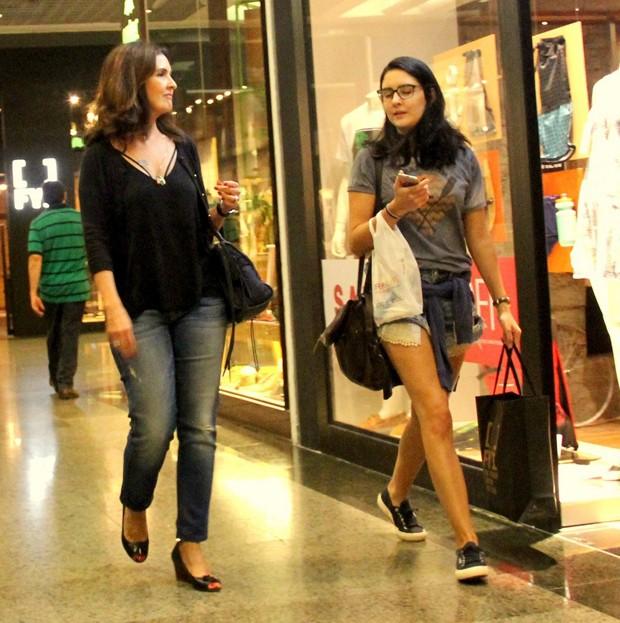 Fátima Bernades e Laura Bonemer (Foto: AGnews)