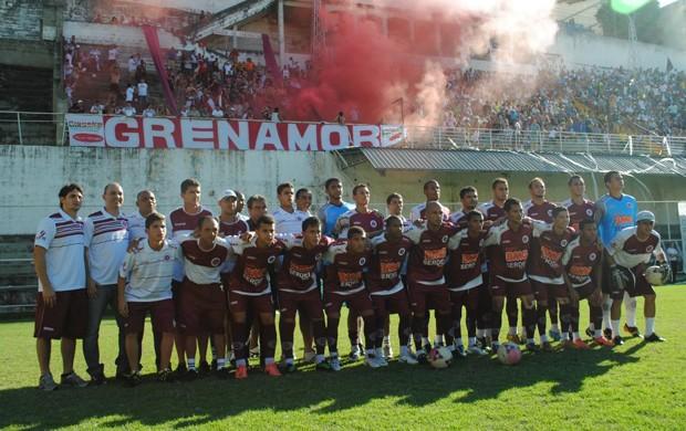 Desportiva Ferroviária campeã da Série B do Capixabão 2012 (Foto: Henrique Montovanelli/VC no GE)