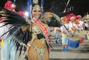 Veja imagens do desfile das campeãs de São Paulo