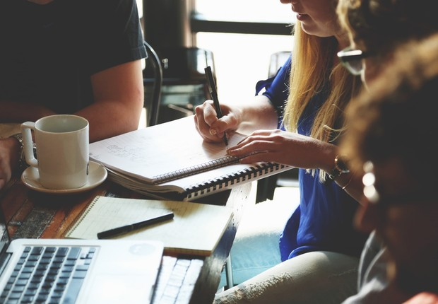 encontro, startup, funcionários (Foto: Pexels)