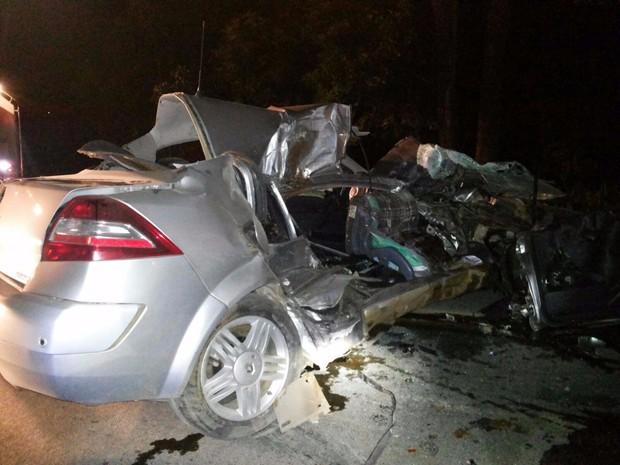 Família morreu na BR-470 na madrugada desta quarta (16) (Foto: PRF/Divulgação)