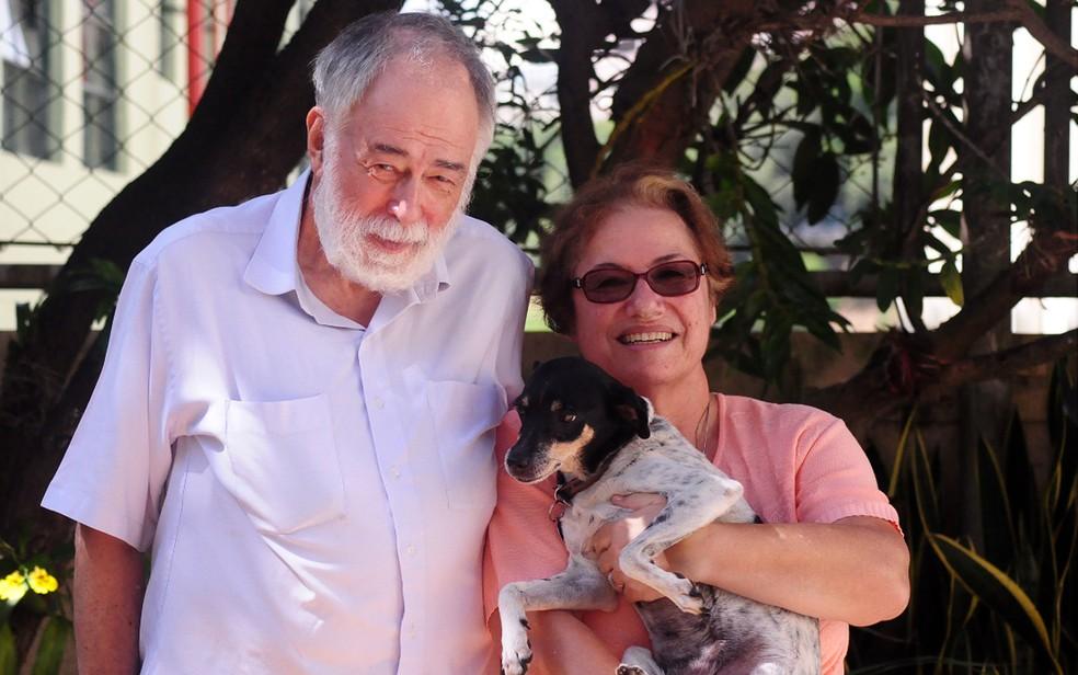 George Shepherd  e a esposa, Simone, em Campinas (Foto: Luciano Calafiori)