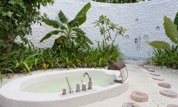 Resort Isabeli e Di Ferrero (Foto: Reprodução/ Soneva Fushi)
