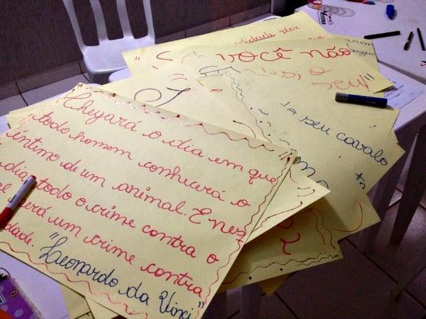 ONG quer a retirada dos animais durante evento que faz parte da Expoacre  (Foto: Divulgação/ Patinha Carente)