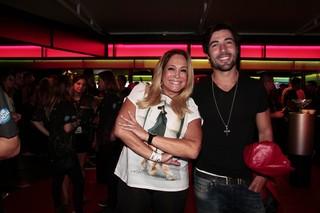 Susana Vieira e Sandro Pedroso (Foto: Isac Luz / EGO)
