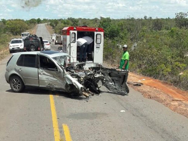 Batida envolveu três acidentes na manhã de sábado (17) (Foto: Blogbraga)