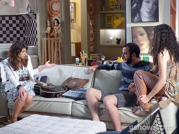 Manu fica sem acreditar na gravidez  (Foto: Geração Brasil / TV Globo)
