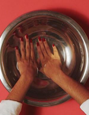 Momento Estilo_Truque simples faz o esmalte secar mais rápido