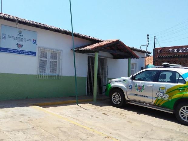 Grupamento de Atendimento Especial à Criança ao Idoso e a Mulher (Gaecim) em Parnaíba  (Foto: Patrícia Andrade/G1)