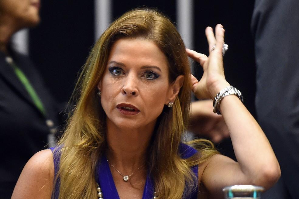 Claudia Cruz, mulher do presidente suspenso da Câmara dos Deputados Eduardo Cunha, durante cerimônia no congresso em novembro de 2015 (Foto: Evaristo Sá/AFP/Arquivo)