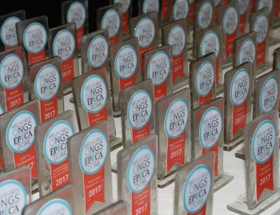 Troféus da premiação 100 Melhores ONGs do Brasil foram produzidos pela Fábrica da ONG Cidade Palmares (Foto: Divulgação)