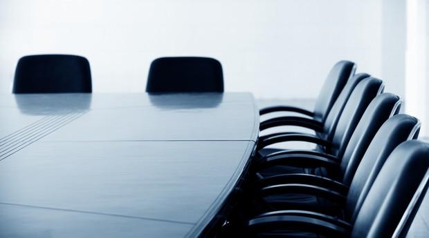 sala de reuniões_mesa_governança (Foto: Shutterstock)