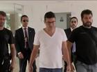Médico preso por queima de provas na 'máfia das próteses' é exonerado