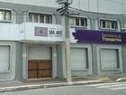 Trio explode caixa eletrônico na Secretaria de Transportes de S. José
