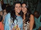 Regina Casé assiste a show com a filha em Salvador