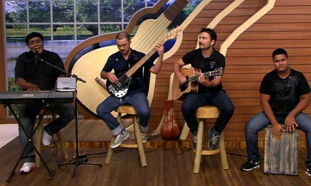 Arão Matos se apresentou no programa É Bem MT deste sábado (05) (Foto: TVCA)