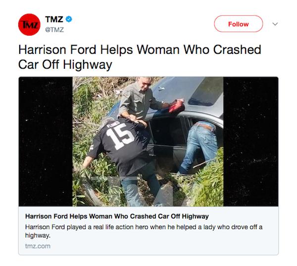 O flagrante do TMZ com Harrison Ford prestando socorro em acidente na Califórnia (Foto: Twitter)