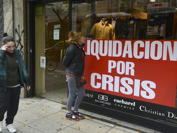 Resultado de imagem para Crise fecha duas mil empresas na Argentina em 2017