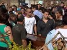 Em Campinas, enterro de vítimas de chacina provoca comoção