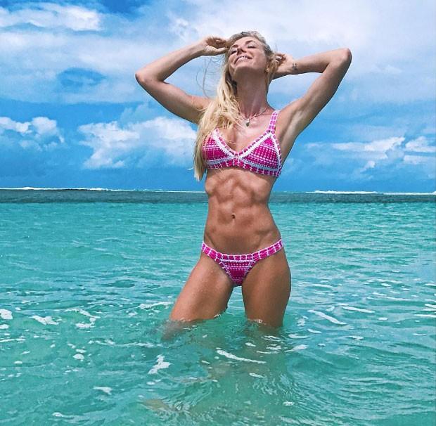 Caroline: corpo definido (Foto: Reprodução Instagram)