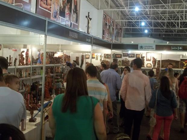 Salão do Artesanato da Paraíba, em Campina Grande, espera movimentar mais de R$ 1 milhão (Foto: Rafael Melo/ G1)