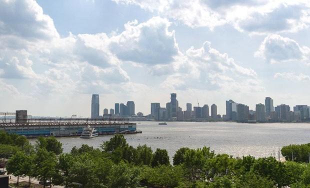 Jon Bon Jovi coloca seu dúplex à venda por 17 milhões de dólares em Manhattan (Foto: Reprodução)