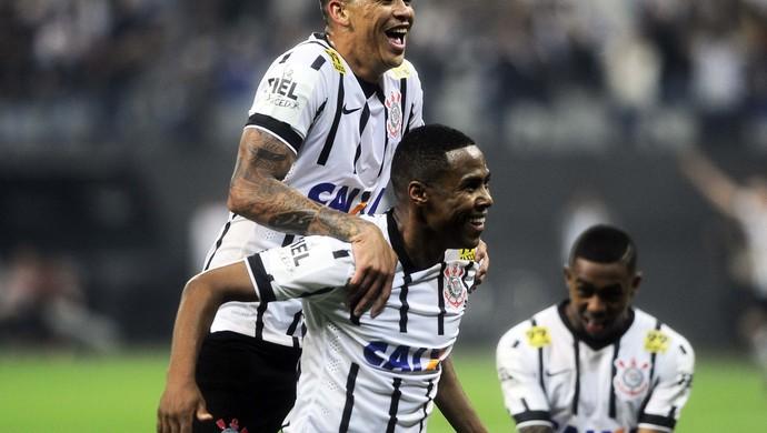 Corinthians x Vasco Luciano Elias (Foto: Marcos Ribolli)