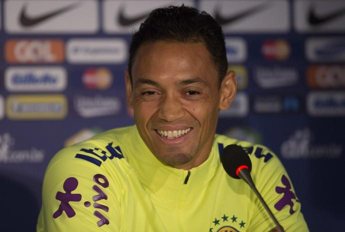 Ricardo Oliveira Brasil Chile Santiago (Foto: Leo Correia / Mowa Press)