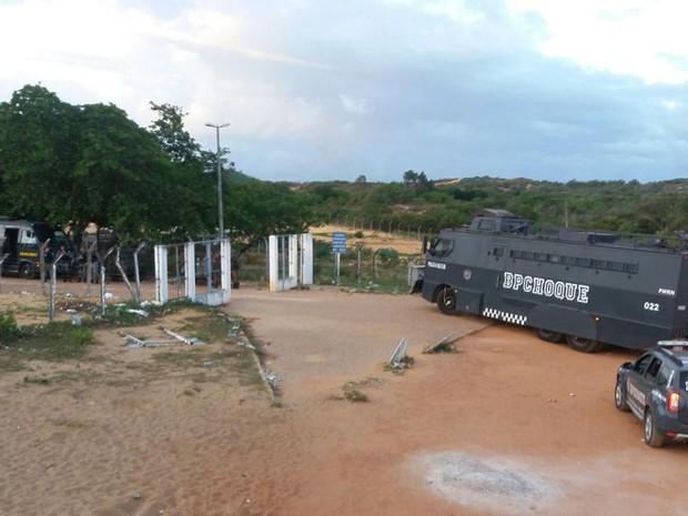 penitenciária, presídio, Alcaçuz, rn, rio grande do norte, polícia militar, pm, bope, blindado (Foto: Fred Carvalho/G1)