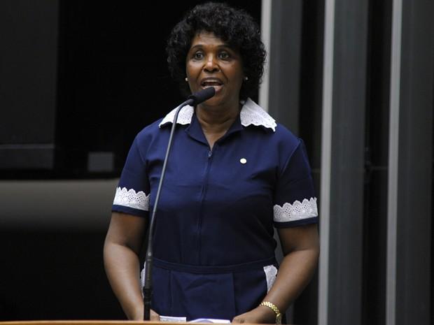 A deputada Benedita da Silva (PT-RJ), no plenário da Câmara (Foto: Luis Macedo/Câmara)