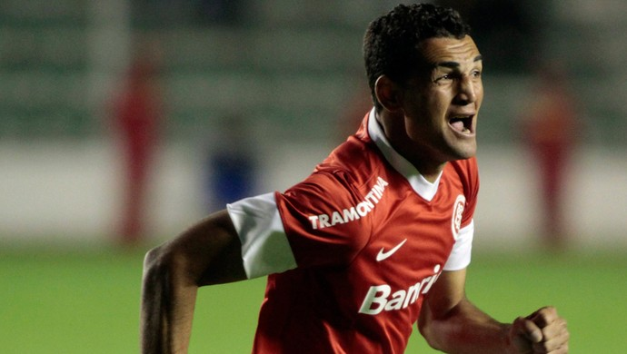 Gilberto gol Internacional (Foto: Reuters)
