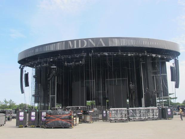 Palco onde Madonna irá se apresentar neste domingo (2) terá cinco telões de led (Foto: Renata Soares/G1)
