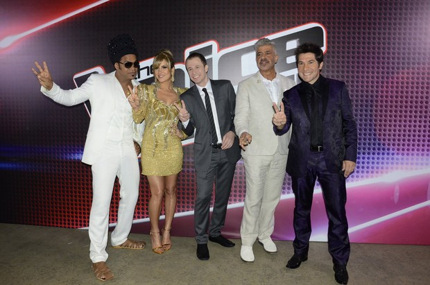 Carlinhos Brown, Claudia Leitte, Tiago Leifert, Lulu Santos e Daniel na final do 'The Voice Brasil' (Foto: Roberto Teixeira/ EGO)
