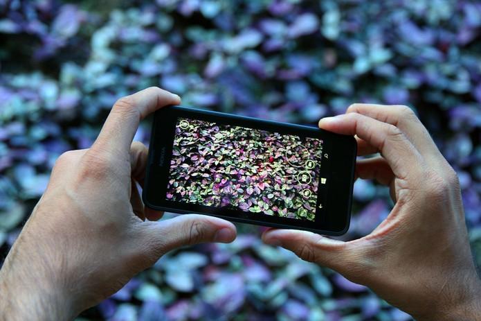 Lumia 630 (Foto: Anna Kellen Bull/TechTudo)