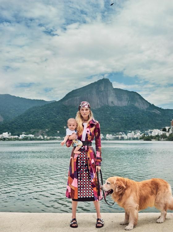 Trentini e Benoah, cheios de charme, às margens da Lagoa Rodrigo de Freitas (Foto: Mario Testino)