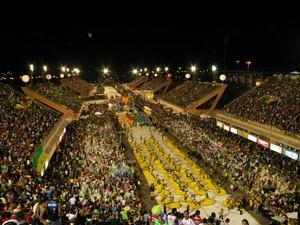 Meteorologia prevê clima ameno para noite do desfile das Escolas de Samba. (Foto: Frank Cunha/G1)