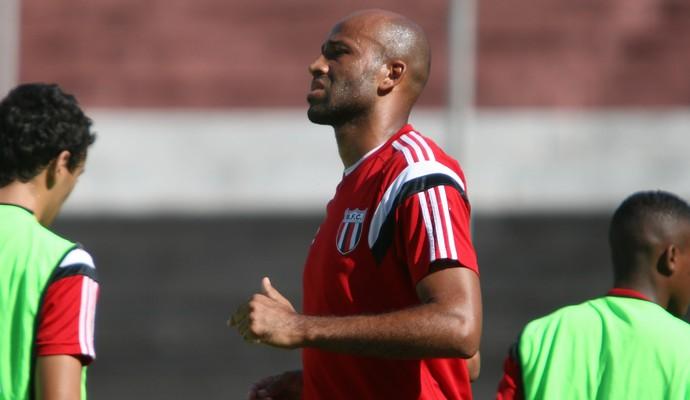 Nunes, atacante do Botafogo-SP (Foto: Rogério Moroti/Ag. Botafogo)