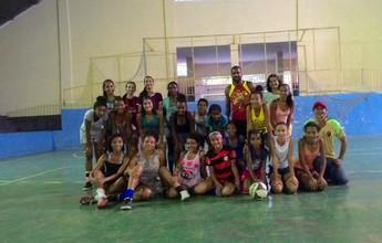 Liga amadora nasce após professora criar projeto de incentivo ao futsal
