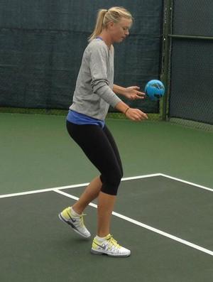 sharapova tenis facebook (Foto: Reprodução)