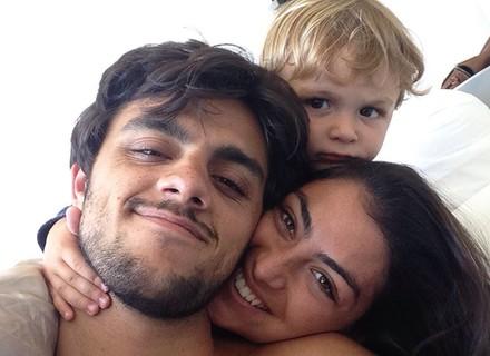 Felipe Simas diz que filhos não foram programados, mas afirma: 'Vieram no tempo certo'