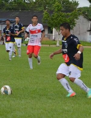 Meia Pither é desligado do Rondoniense  (Foto: Alexandre almeida/ Futebol do Norte)