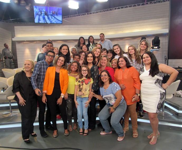 Plateia ao lado da apresentadora (Foto: Viviane Figueiredo Neto/Gshow)