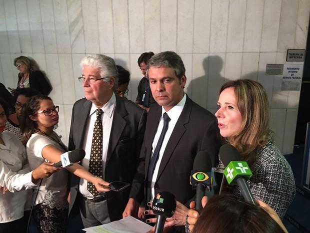 Senadores da oposição detalham proposta substitutiva à PEC do teto de gastos (Foto: Gustavo Garcia/G1)
