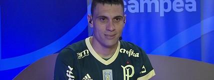 Moisés comemora volta aos gramados e agradece Palmeiras pelo número 10