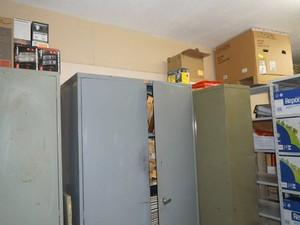 Ladrões levaram eletrônicos da escola em Carmo da Mata (Foto: Thiago Goes/Jornal A Notícia)